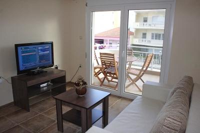 Двустаен апартамент хол